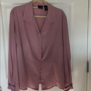 Mauve color blouse.